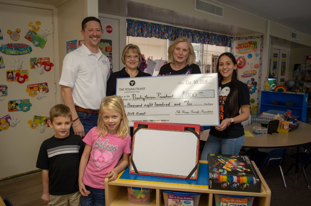 internet service provider gives back to El Campo, TX
